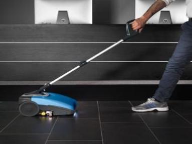 Scrubs all Types of Hard Floors